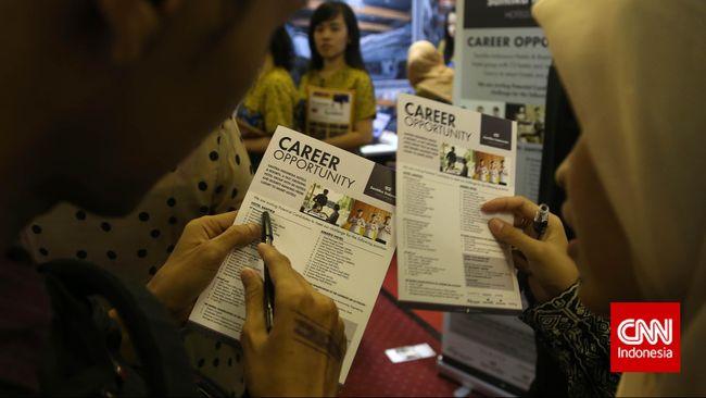 BPS mencatat jumlah pengangguran mencapai 7,05 juta orang per Agustus 2019 kemarin, naik 50 ribu orang dibanding periode yang sama tahun lalu.