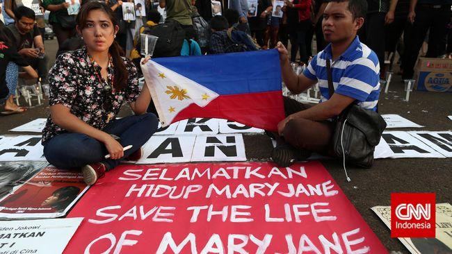 Sejak tahun 1979 pemerintah Indonesia melalui Kejaksaan Agung telah menghujamkan timah panas pada 79 terpidana mati.