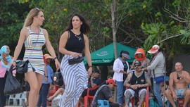 Legalisasi Arak Bali dan Senyum Pemandu Wisata