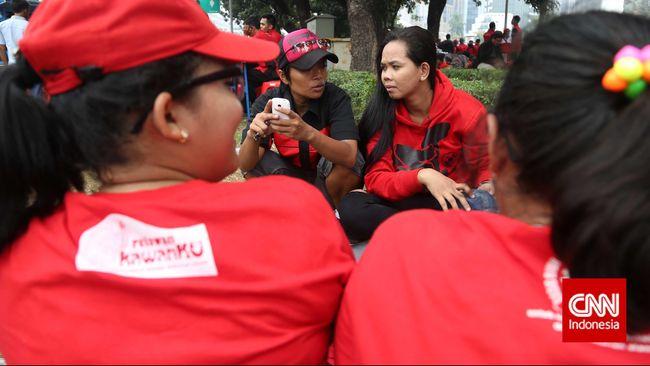 Lesbian, gay, biseksual, dan transgender rentan bunuh diri, depresi, dan terjerat narkotik. Itu sebabnya jasa konseling SGRC dibentuk di Universitas Indonesia.