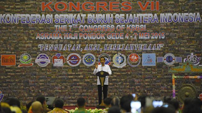 Serikat buruh yang mengaku mendukung Jokowi menolak Omnibus Law Cipta Kerja. Mereka menilai Omnibus Law membahayakan nasib pekerja.