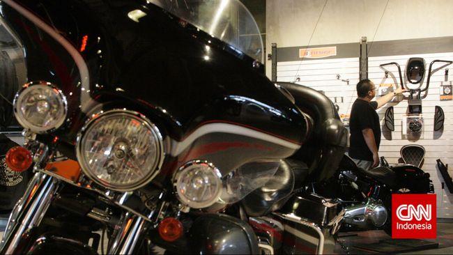 Ditjen Bea Cukai tengah memeriksa pengiriman suku cadang Harley Davidson bekas yang diduga dilakukan secara ilegal lewat pesawat pesanan Garuda Indonesia.