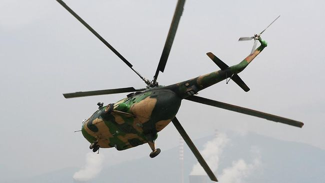 Panglima TNI Hadi Tjahjanto yakin senjata api milik prajurit yang gugur dalam kecelakaan Helikopter Mi-17 di Papua ada di tangan masyarakat.