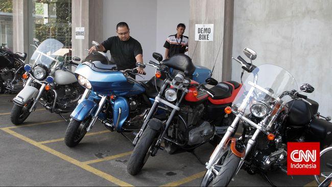 Menurut Anak Elang konsumen tinggal terima beres, moge Harley-Davidson yang dibeli bakal diberikan lengkap bersama surat-surat.