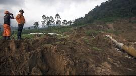 Jalan Raya Tangkuban Parahu Banjir, Cikole Lembang Longsor