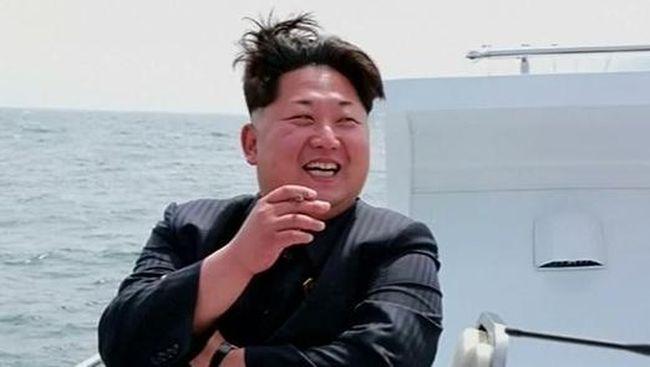 Kim Jong Un diklaim telah mengeksekusi ratusan pejabat dalam tiga tahun kekuasaannya yang menjadikannya pemimpin Korea Utara paling kejam.