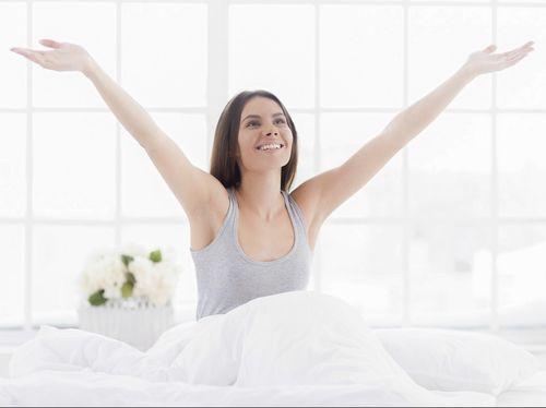 5 Resep Alami Agar Terlihat Cantik Saat Bangun Tidur