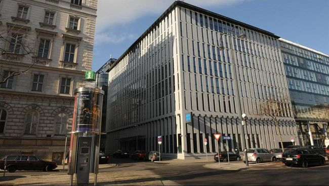 Kantor pusat the Organization of the Petroleum Exporting Countries (OPEC) di Vienna, Austria.