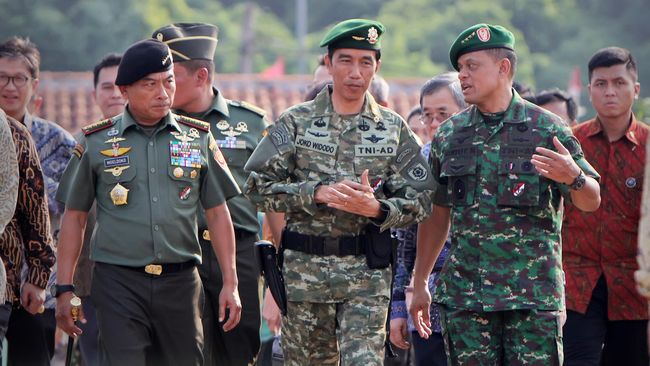 Moeldoko mengatakan Jokowi telah berdiskusi dengan Kapolri Tito Karnavian untuk mengambil taktik serius hadapi kelompok MIT Ali Kalora di Sulawesi Tengah.