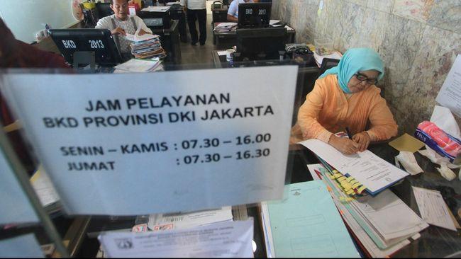 Kepala BKD Pemprov DKI Jakarta Chaidir memastikan tidak ada draf pergub baru yang mengatur pemotongan tunjangan PNS daerah.