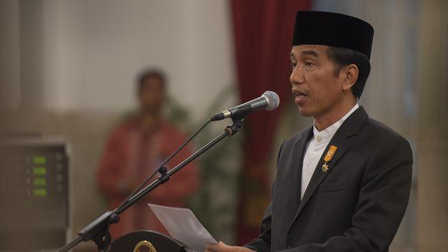 Jokowi menyampaikan bahwa pemerintah akan memberi kemudahan kepada pengembang yang membangun rumah bagi Masyarakat Berpenghasilan Rendah (MBR).