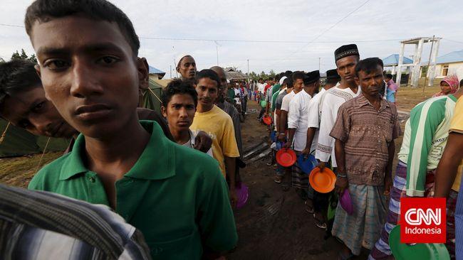 Etnis Rohingya mendesak Penasihat Myanmar, Aung San Suu Kyi, mengakui terjadi genosida dalam sidang gugatan di hadapan Mahkamah Internasional.