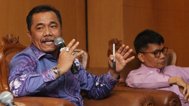 Anggota Komisi III DPR Syarifuddin Sudding meminta Menkumham Yasonna bertanggung jawab penuh atas kebakaran Lapas Tangerang. Jangan lagi bermain retorika alasan