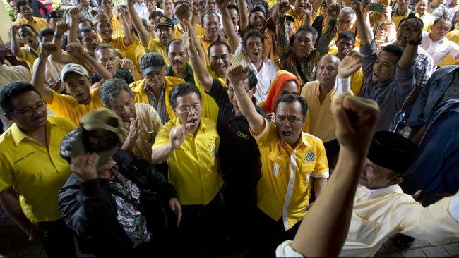 Ada 72 bakal calon petahana Pilkada 2020 yang diberi sanksi Mendagri Tito Karnavian. Paling banyak dari Golkar, yakni 22 orang.