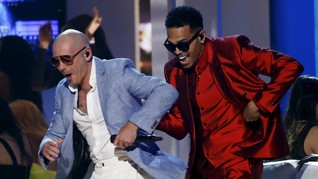 Rapper Pitbull Tunda Konser Akibat Badai Dorian
