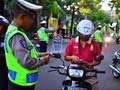 Cegah Corona, Polisi Lalu Lintas Setop Razia di Jalan