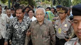 Detik-detik Jelang Soeharto Turun Takhta 23 Tahun Lalu