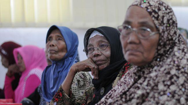 Ketua Ranting Gerakan Wanita Indonesia wilayah Pati, Jawa Tengah, Sumini, masih terus mendapatkan intimidasi atas tuduhan yang diarahkan kepadanya usai 1965.
