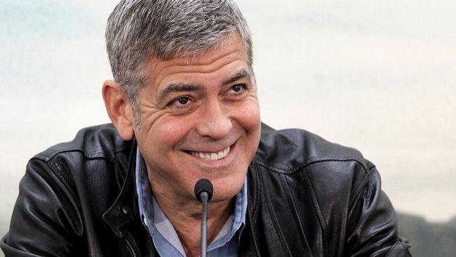 Meski tak membintangi film apa pun, George Clooney jadi aktor berbayaran tertinggi berkat penjualan perusahaan tequila-nya ke pengusaha minuman asal Inggris.