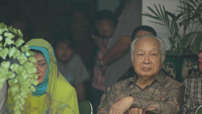 Jaksa Agung HM Prasetyo mengaku belum mengetahui kemenangan institusinya di tingkat Peninjauan Kembali. Ia mengatakan akan mempelajari dulu putusan MA.