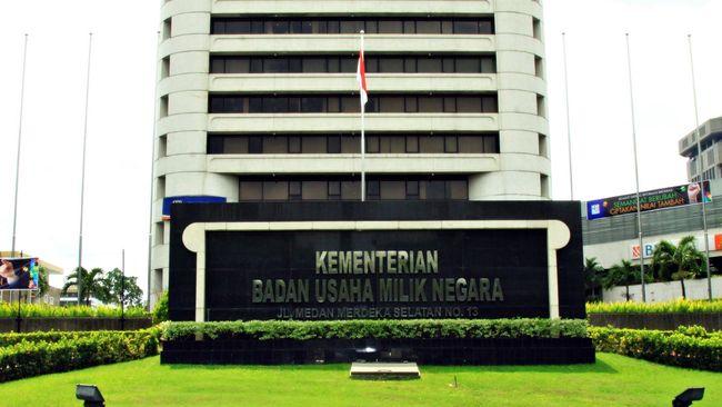Kementerian BUMN menargetkan pembentukan holding BUMN Perumahan dan Pengembangan Kawasan, serta holding BUMN infrastruktur rampung pada akhir tahun ini.