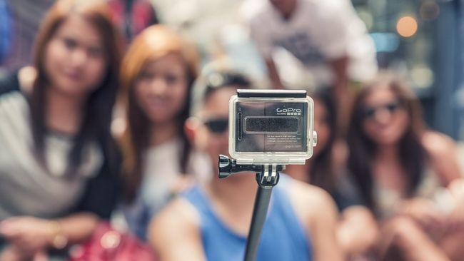 GoPro menggandeng kemitraan lisensi dengan Jabil, perusahaan jasa manufaktur dengan membuat lensa kamera dan sensor.