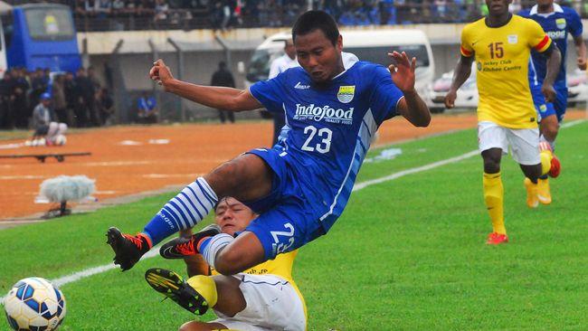 Sanksi FIFA untuk Indonesia tentunya membuat klub-klub di Indonesia dilanda kebimbangan mengenai kejelasan kompetisi dan masa depan mereka.