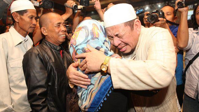 Menlu menyatakan selama empat tahun pemerintah telah membebaskan 443 WNI dari ancaman hukuman mati.