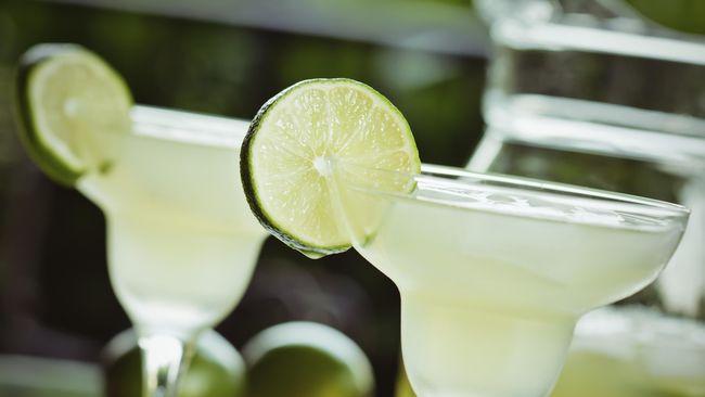 Ingin Bikin Tenang, Bar di Rusia Racik Cocktail ala Corona
