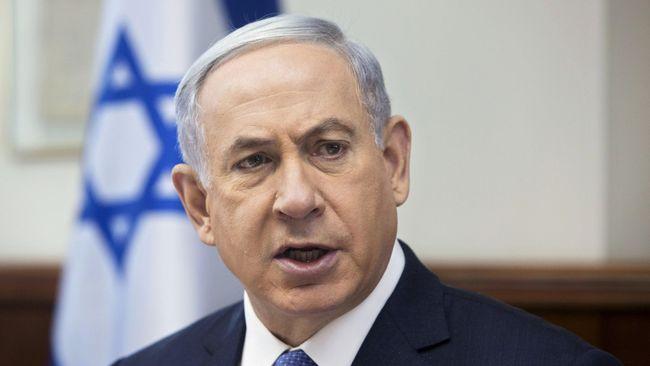 PM Israel, Benjamin Netanyahu, mendesak Eropa menjatuhkan sanksi atas Iran karena melakukan pengayaan uranium hingga melebih batas  dalam kesepakatan nuklir.