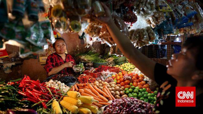 Kementerian Pertanian menyindir pengusaha yang sengaja mengurangi stok bahan makanan pokok jelang Ramadan demi mendapat cuan besar.