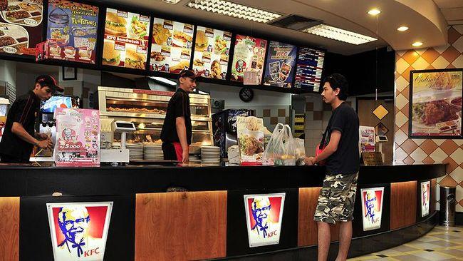 PT Fast Food Indonesia Tbk memiliki piutang Rp100 miliar ke PT Bakrie Darma Indonesia sejak 31 Desember 2019. Rp25 miliar di antaranya sudah dibayar.