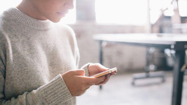 Orang-orang yang menghabiskan lebih banyak waktu dengan ponsel pintar ditemukan lebih cenderung membuat keputusan secara impulsif.