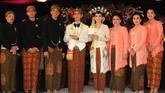 Putra sulung Presiden RI, Gibran Rakabuming Raka dan gadis pujaannya Selvi Ananda baru saja menjalani prosesi akad nikah.