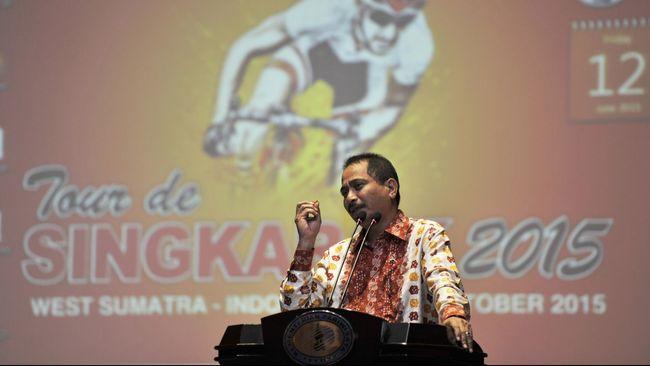 Presiden Joko Widodo akan membebaskan visa bagi wisatawan asal 30 negara baru tahun depan demi menggenjot jumlah turis asing masuk ke Indonesia.