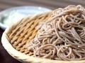 Jepang Tantang Si 'Perut Karung' Makan Soba Terbanyak
