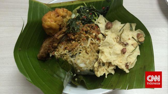 Bila Anda pencinta kuliner, maka Anda perlu mencicipi beberapa makanan yang menjadi andalan baik di tingkat nasional ataupun internasional.