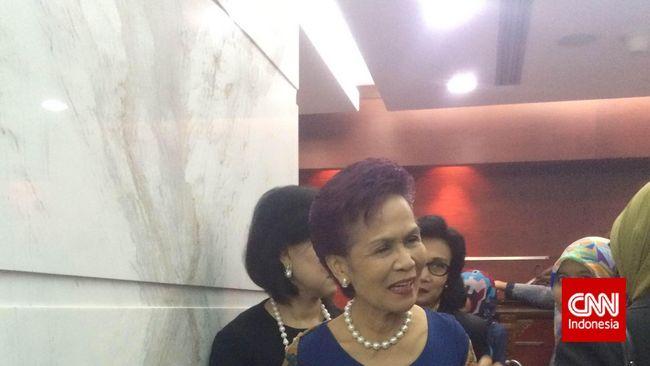 Nama Miranda Goeltom tak masuk agenda pemeriksaan penyidik. KPK memanggil eks Deputi Gubernur Senior BI itu untuk dimintai keterangan terkait penyelidikan.
