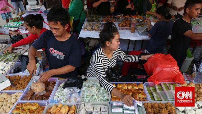 Berburu Sajian Berbuka Puasa Nikmat di Pasar Benhil