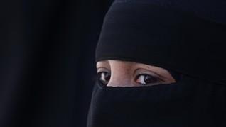 Di Ticino, Swiss, Berbusana Muslim Bisa Didenda Rp130 Juta