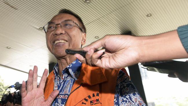 Jero Wacik dan Choel Mallarangeng mengikuti langkah terpidana korupsi lain seperti Anas Urbaningrum dan Siti Fadilah Supari yang lebih dulu mengajukan PK.