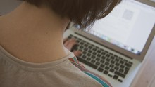 1BestariNet, Program Belajar Daring Malaysia Berujung Kisruh