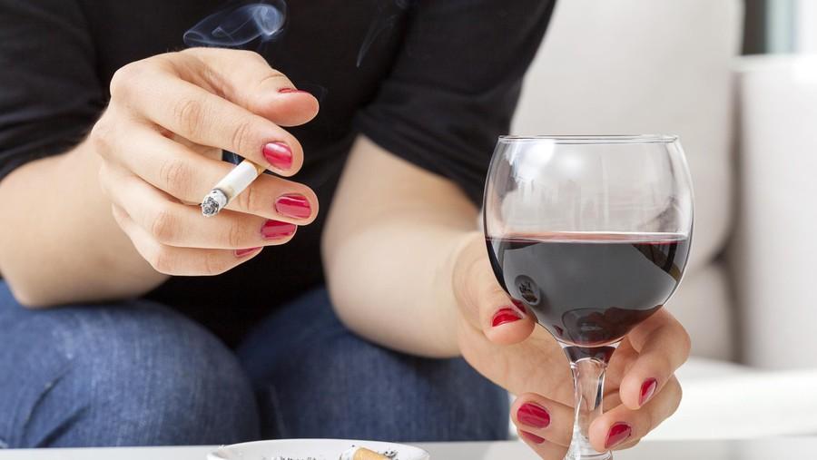 Penyesalan Seorang Ibu yang Nekat Merokok Saat Hamil