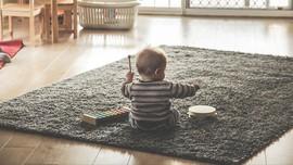 Cerita Para Ayah Bertahan dari Distraksi 'Menggemaskan' WFH