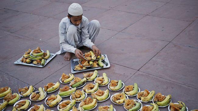 Ribuan ton makanan tidak termakan dan menjadi sampah yang menggunung di Malaysia setiap hari selama bulan suci Ramadan.