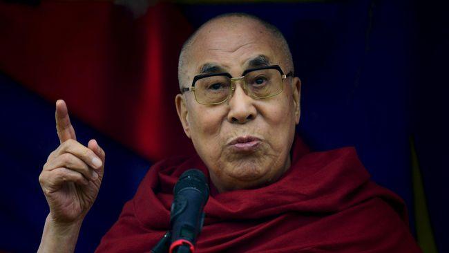 Kondisi pemimpin spiritual Tibet, Tenzin Gyatso atau Dalai Lama ke-14, membaik setelah dirawat di New Delhi, India karena infeksi dada.