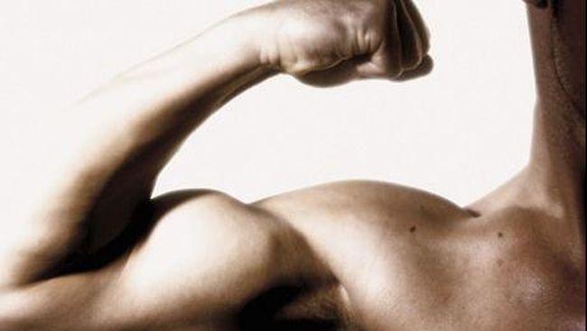 Tak sempat berolahraga di pagi hari sebaiknya tak membuat Anda tak melatih tubuh sama sekali. Karena olahraga di malam hari memberi banyak keuntungan.