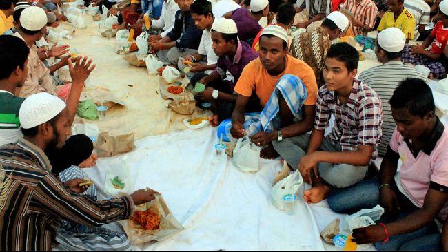 Saat ini di Indonesia, ada sekitar 5 ribu pengungsi dan 8 ribu merupakan pencari suaka.