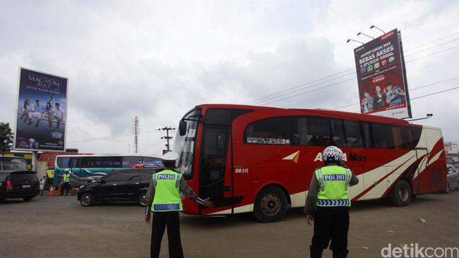 Untuk mengantisipasi pengamanan pihak Polda Metro Jaya telah mempersiapkan 6.984 personel gabungan dalam Operasi Ketupat Jaya 2015.