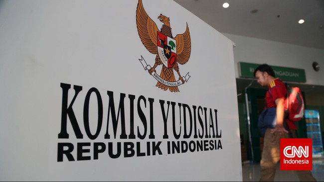 Mukti Fajar Ditetapkan Jadi Ketua Komisi Yudisial